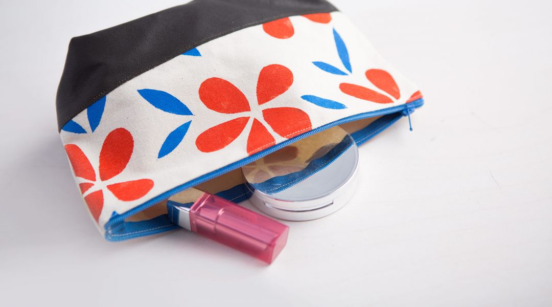 Stencil and Sew a Makeup Bag