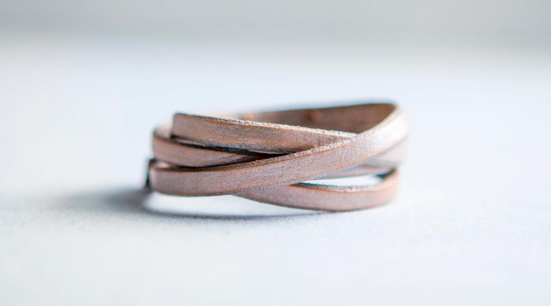 Metallic Leather Bracelet