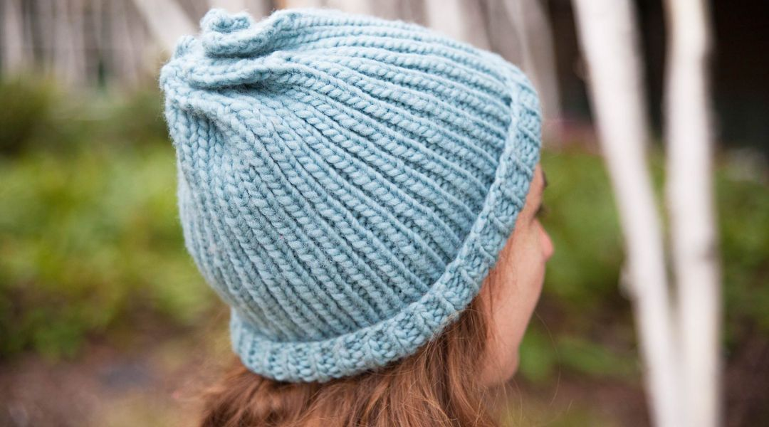 Knit a Twist Top Hat