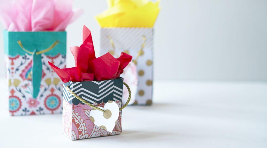 Cricut Crafts: DIY Gift Bags