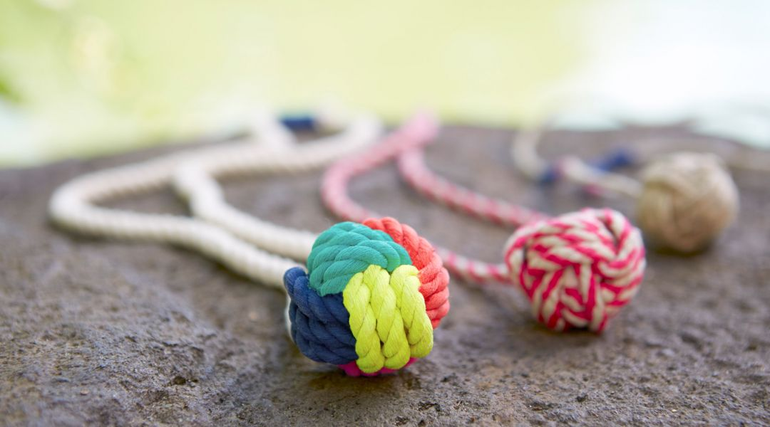 Make a Monkey's Fist Knotted Necklace
