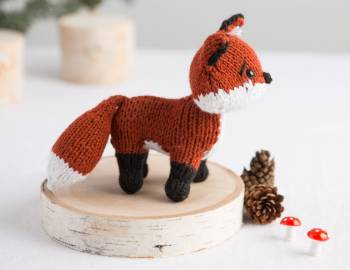 Knitted Fox