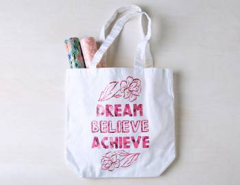 Cricut Crafts: Make an Affirmation Tote