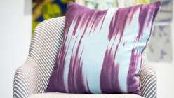 Jesse Genet from Lumi teaches you to create vibrant, textural prints on textiles and home décor with Inkodye -- a special light-sensitive fabric dye that comes out of the bottle translucent and develops in the sunlight, resulting in beautifully dyed fabr