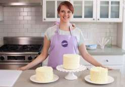 Emily Tatak from Wilton teaches three easy ways to ice a cake with buttercream in this cake decorating class. She teaches decorating techniques using an icing comb, a fork, and a spoon to create gorgeous, textured cake decorating effects.