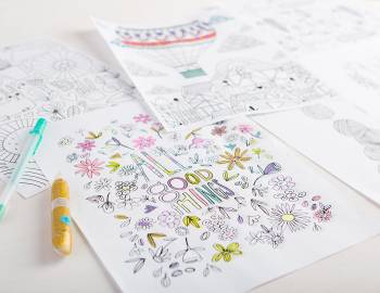 30 Coloring Pages: Get Creative with Markers, Pens and Glitter