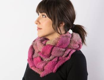 Entrelac Workshop: In-the-Round Entrelac Cowl